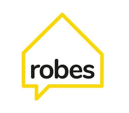 Robes Logo